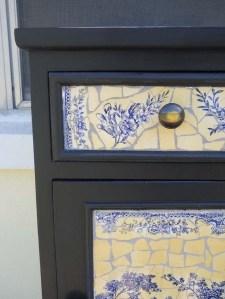 black cabinet-detail-sm