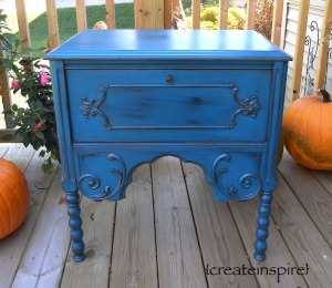 teal-table